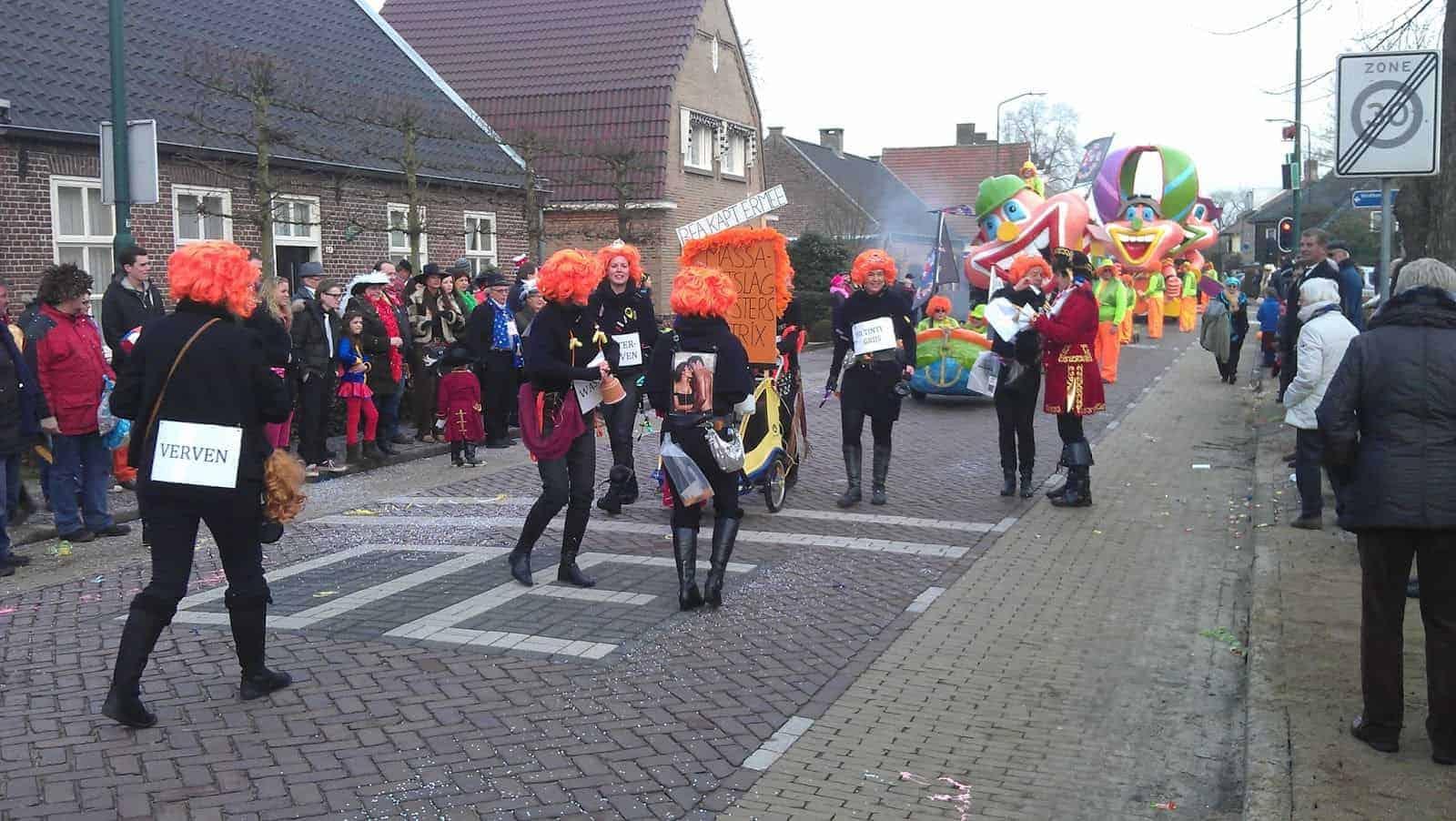 Carnavalsoptocht de Keien in Waalre 2015
