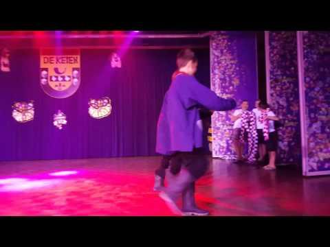 Filmpje act van de Jeugdraad tijdens Kei-Muziekaal